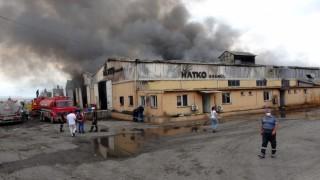 Osmaniyede plastik geri dönüşüm fabrikasında çıkan yangın kontrol altına alındı