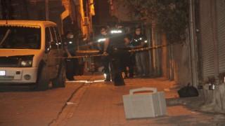 Şanlıurfada sivil araçtaki polislere silahlı saldırı