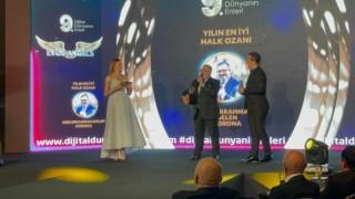 Tedavi sırasında yazdığı türküyle En iyi halk ozanı ödülünü aldı