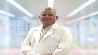 """Üroloji Uzmanı Prof. Dr. İnal: """"Kısırlık insanı psikolojik olarak zorlar"""""""