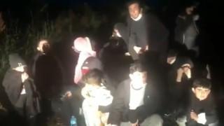 Yunanistanın demir çubukla dövüp ölüme terk ettiği göçmenleri Türk askeri kurtardı