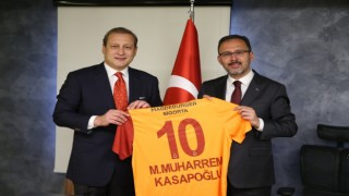 Bakan Kasapoğlu, Galatasaray Başkanı Burak Elması kabul etti