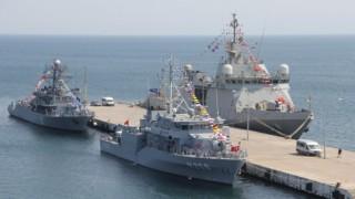 NATO gemileri Sinopta