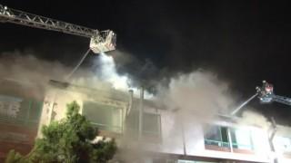 İkitelli Sanayi sitesinde korkutan yangın: 1 itfaiye eri dumandan etkilendi