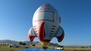 Türkiyenin ilk özel şekilli balonları üretildi