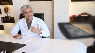 Uzm. Dr. Hayati Akbaş: Estetik cerrahi abartıya kaçmadan daima makulü gözeterek yapılmalı