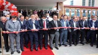 100 yataklı Ahlat Devlet Hastanesinin yeni hizmet binası törenle açıldı