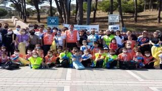 200 çevre gönüllüsü 90 poşet çöp topladı