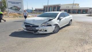 Adıyamanda otomobil ile minibüs çarpıştı: 5 yaralı