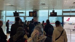 Anadolu Jet rötarları mağdur ediyor