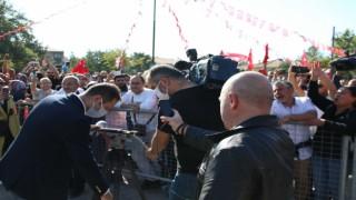 Aşı karşıtlarının mitinginde basın mensuplarına saygısızlık