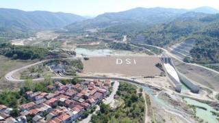 Baraj kıyılarında tarıma uygun araziler araştırılacak