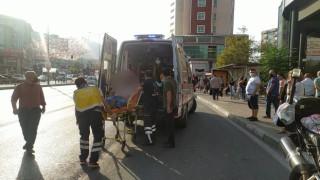 Bursada taksici ile yolcu arasında çıkan kavgada şoför bıçakla yaralandı