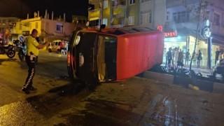 Hatayda minibüs ile otomobil çarpıştı: 7 yaralı
