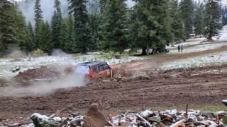 Karlı ve çamurlu zeminde uluslararası Off-Road oyunları nefes kesti