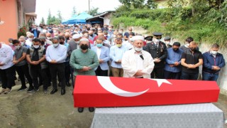 Kıbrıs gazisi Gaziler Gününde toprağa verildi