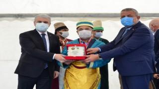 Kırşehirde İlin Ahisine Şed Kuşatılarak Ödülü Verildi