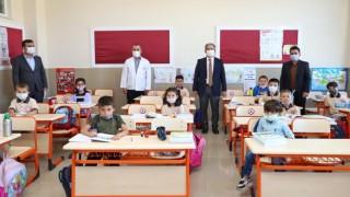 Niğdede 72 bin öğrenci ders başı yaptı