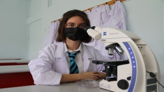 17 yaşındaki öğrenci akciğer kanserine çözüm arıyor