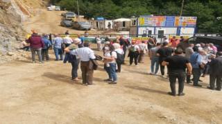 Rize İkizderede taş ocağı bölgesinde bilirkişi incelemesi yapıldı