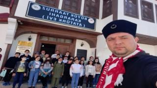 Şuhut Atatürk Evi ziyaretçilerin ilgi odağı olmaya devam ediyor
