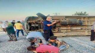 Tarım işçilerini taşıyan minibüs devrildi: 1 ölü, 15 yaralı