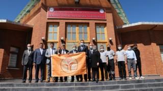 Tavşanlı ve Domaniç Hayme Ana MYOlar turuncu bayraklarını teslim aldı