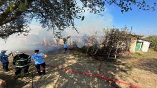 Tekirdağda yangında dumandan etkilenen 3 kişi hastanelik oldu