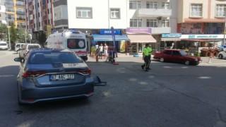 Trafik kazası: 1i çocuk 2 yaralı