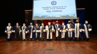 Uşak Üniversitesinde 'Akademik Yükseltilme ve Cübbe Giyme töreni