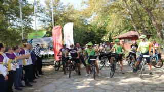"""Vali Canalp: 3 Nehir 1 Şehir Projesi kapsamında kente 30 kilometrelik bisiklet yolu kazandırılacak"""""""